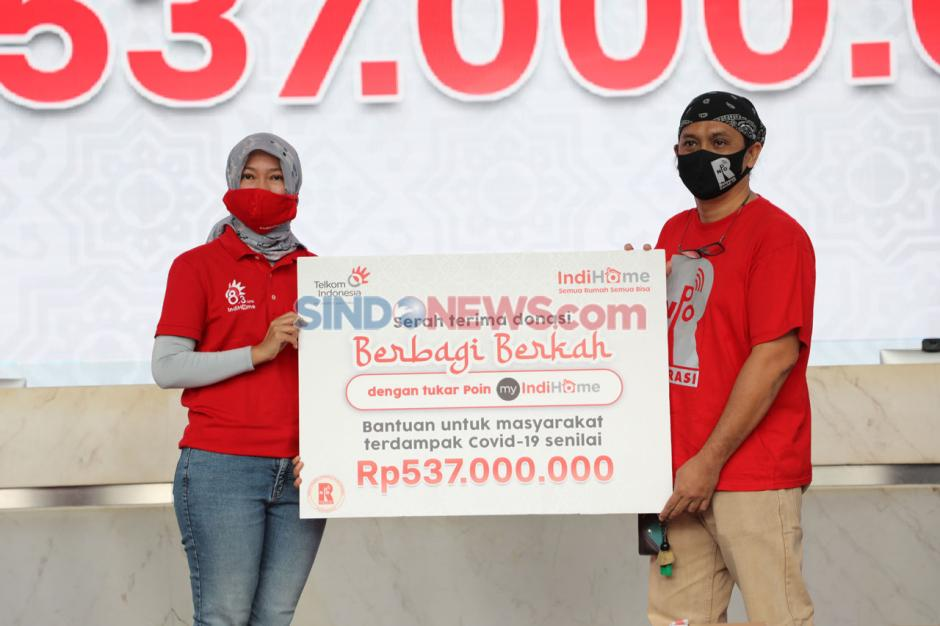 IndiHome Serahkan 3.000 Paket Sembako Senilai Rp537 Juta kepada Masyarakat Terdampak COVID-19-2