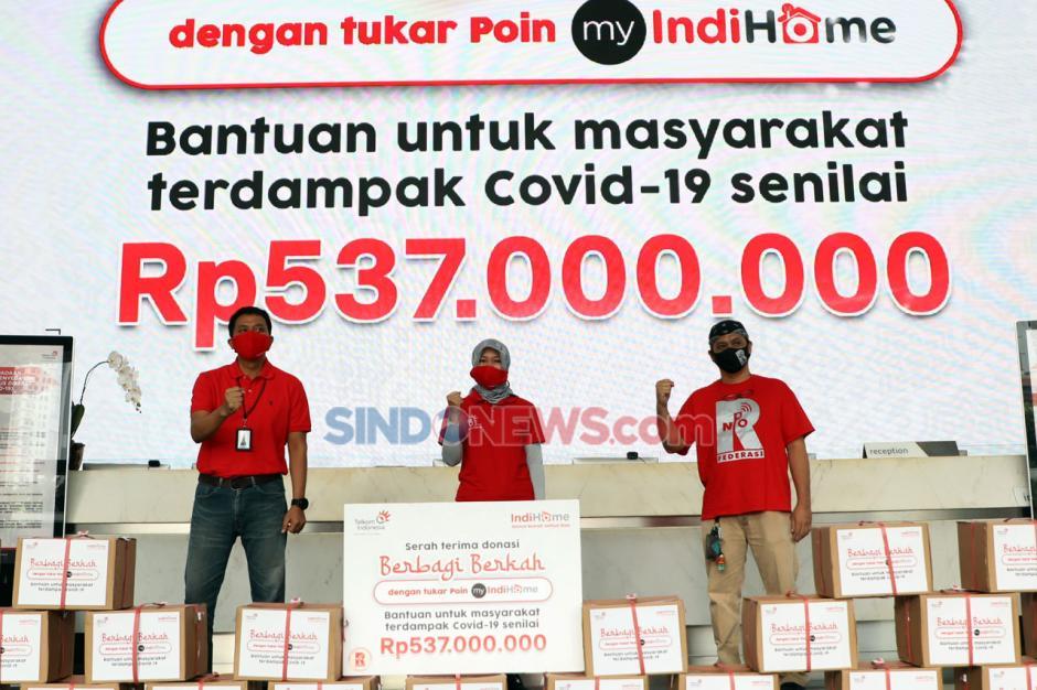 IndiHome Serahkan 3.000 Paket Sembako Senilai Rp537 Juta kepada Masyarakat Terdampak COVID-19-1