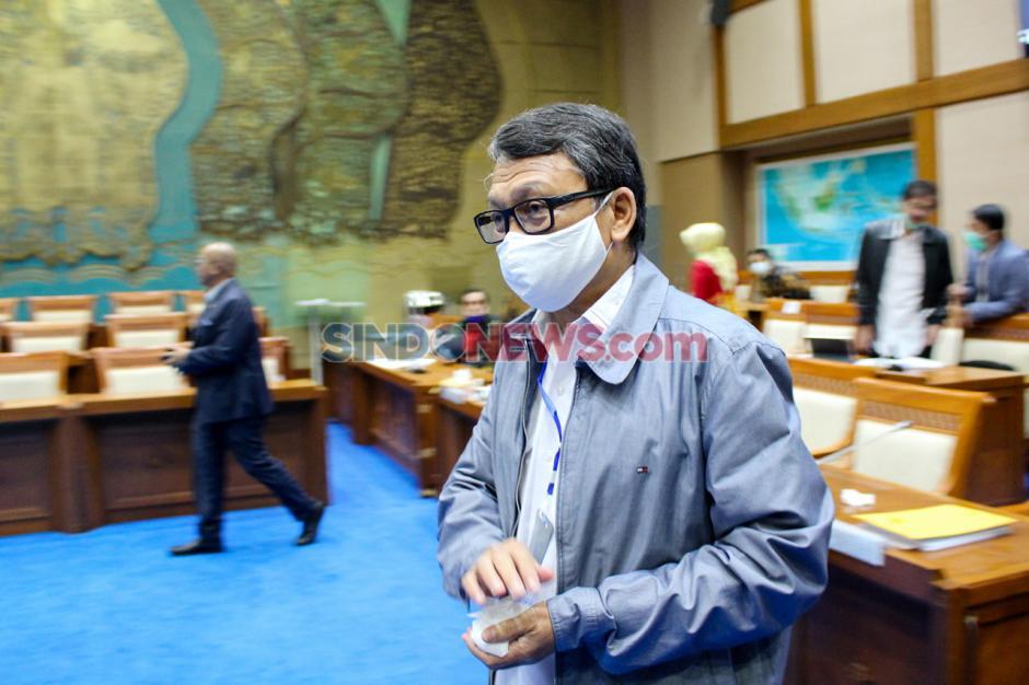 Menteri ESDM Rapat Kerja dengan Komisi VII DPR-0