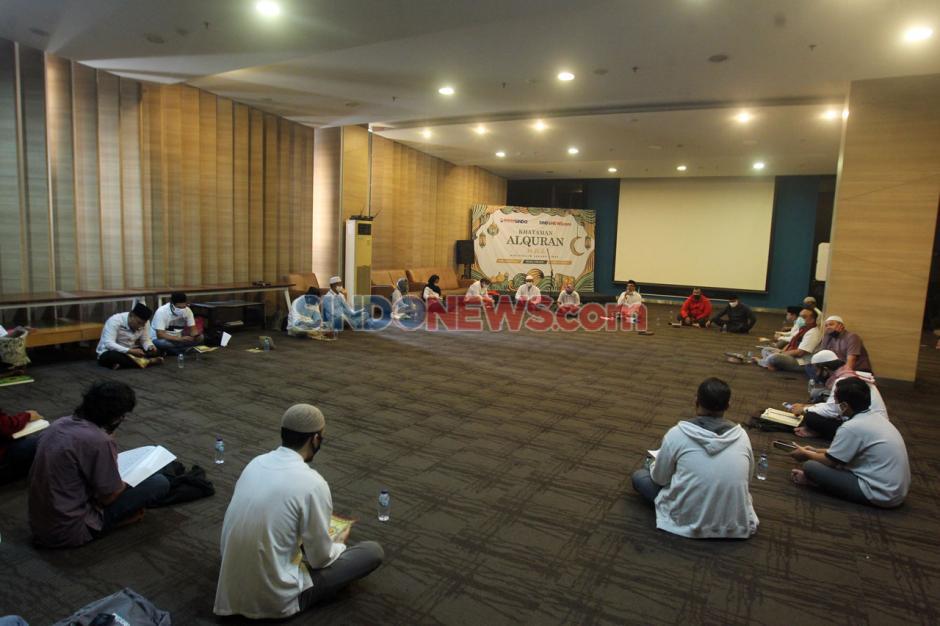 Koran SINDO dan Sindonews Gelar Khataman Al-Quran 30 Juz-5