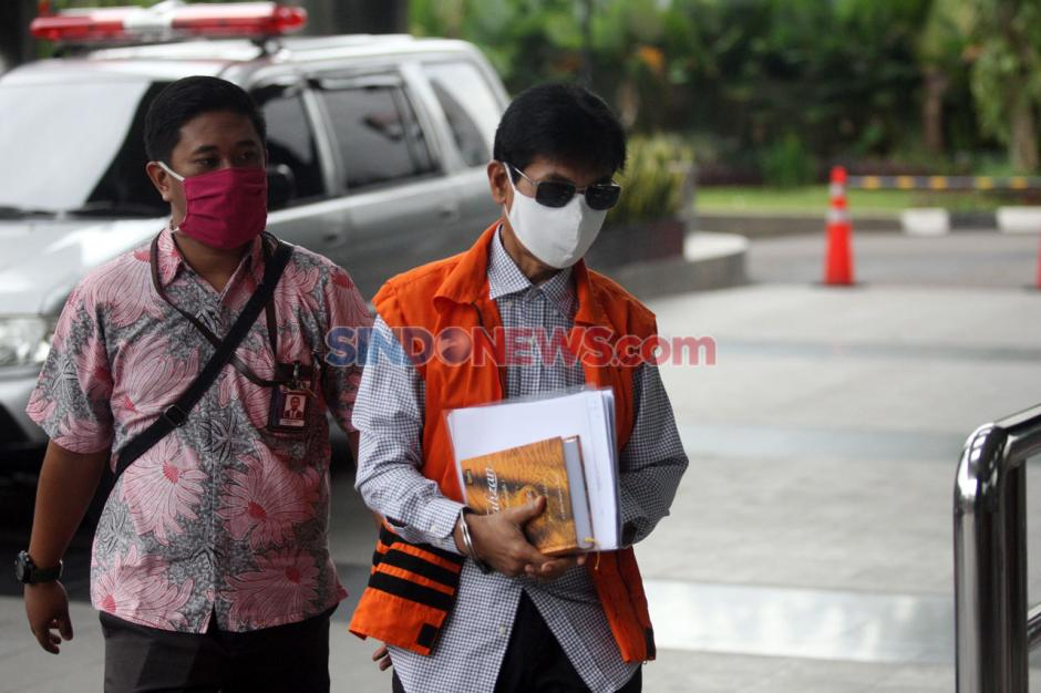 KPK Kembali Periksa Bupati Solok Selatan Muzni Zakaria-2