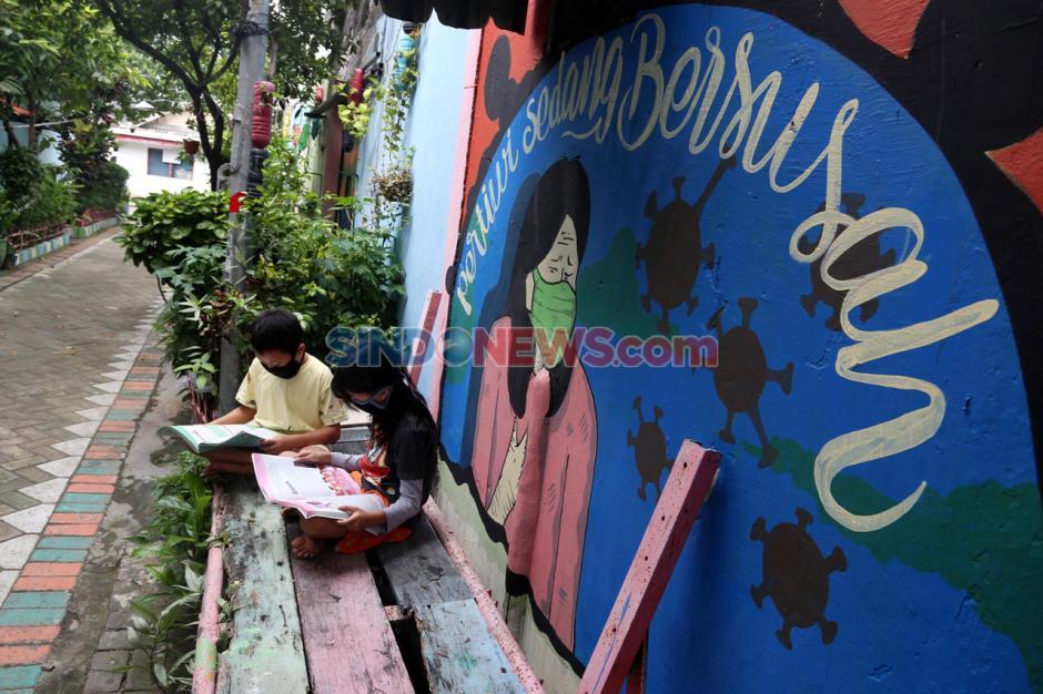Serikat Mural Surabaya Hadirkan Seni Melawan Pandemi-1