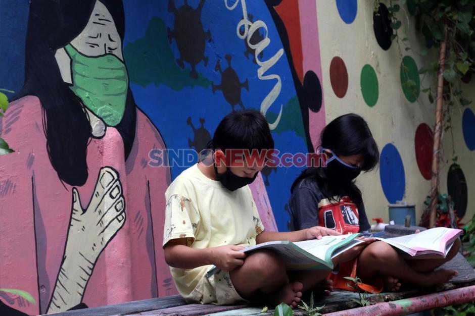 Serikat Mural Surabaya Hadirkan Seni Melawan Pandemi-0