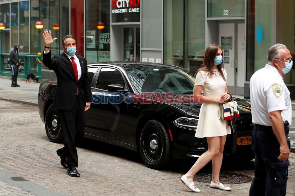Wall Street Dibuka Setelah Tutup Dua Bulan, Ini Suasananya-1
