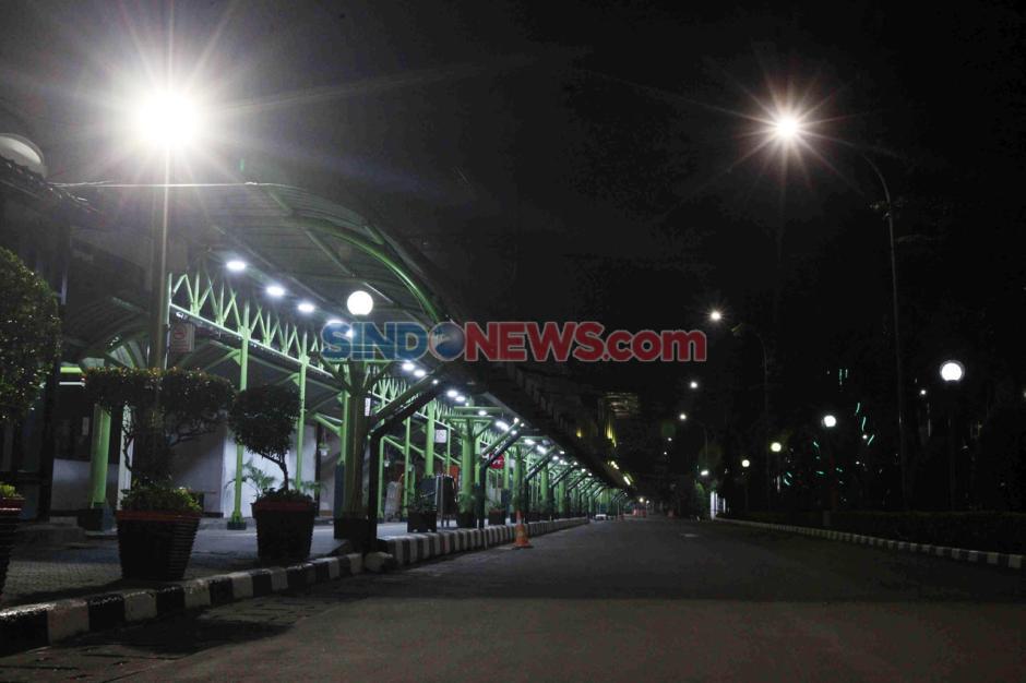 Pembatasan Operasional Transportasi, Stasiun Gambir Masih Lengang-2