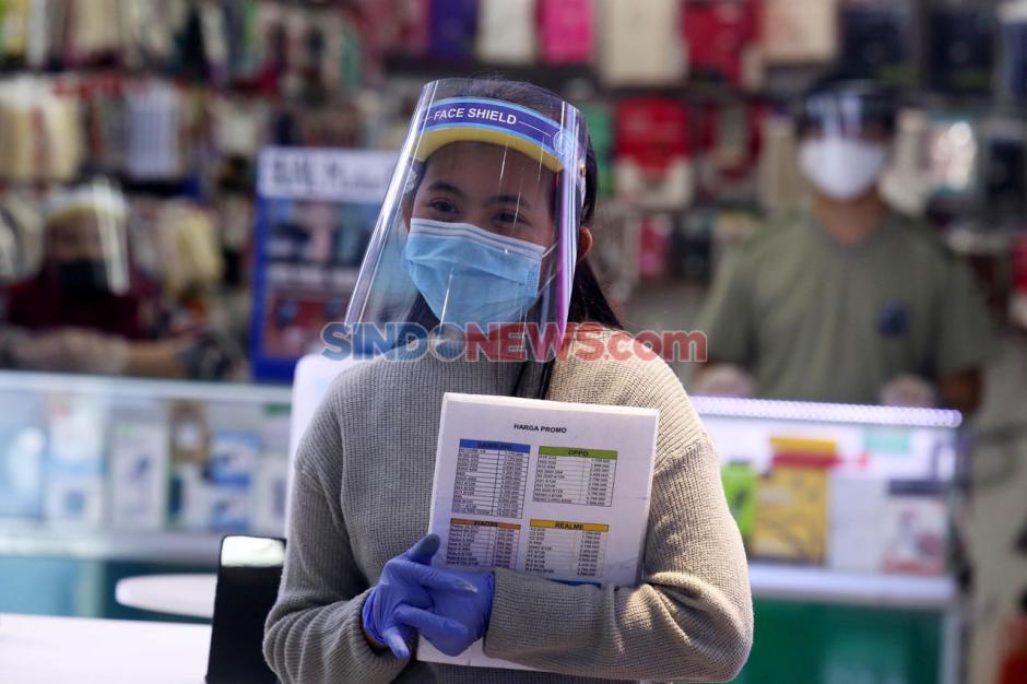 Pengunjung Plaza Marina Surabaya Wajib Pakai Face Shield-4