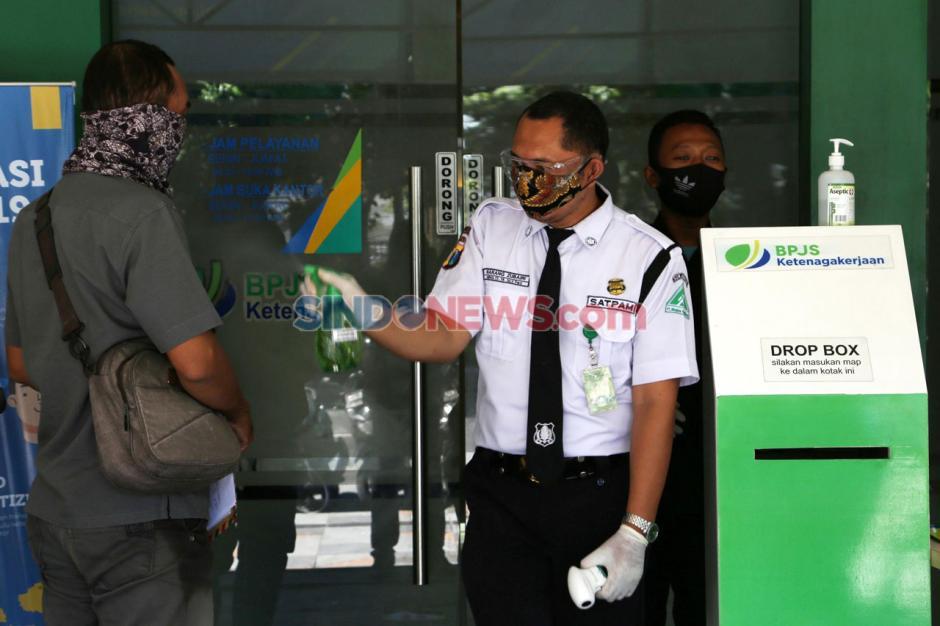 BPJamsostek Surabaya Perak Tetap Buka Layanan di Masa Pandemi Covid-19-6