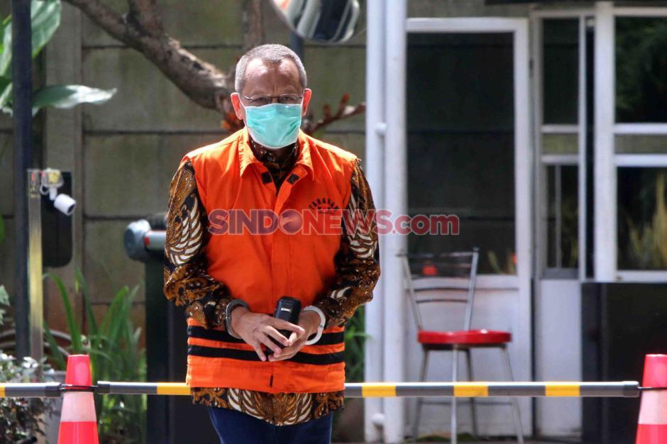 KPK Lanjutkan Pemeriksaan Eks Sekretaris MA Nurhadi-0