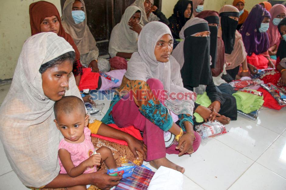 Pengungsi Rohingya Jalani Identifikasi dan Tes Kesehatan-3