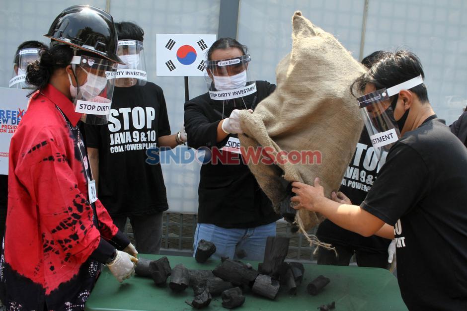 Aktivis Kembali Gelar Aksi Tolak Pembangunan PLTU Jawa 9 Dan 10-1