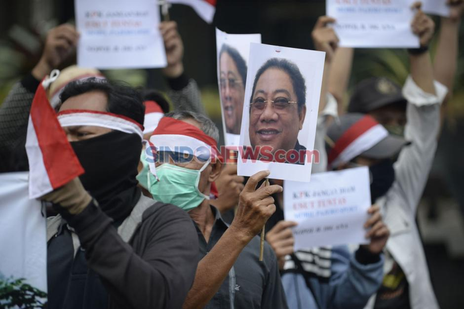 Masyarakat Indramayu Anti Korupsi Demo di Gedung KPK-2