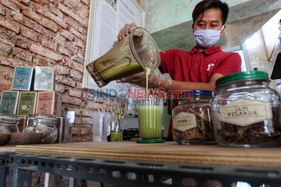 Sambangi Kedai Suwe Ora Jamu, Tingkatkan Imun Tubuh di Tengah Pandemi Corona-3
