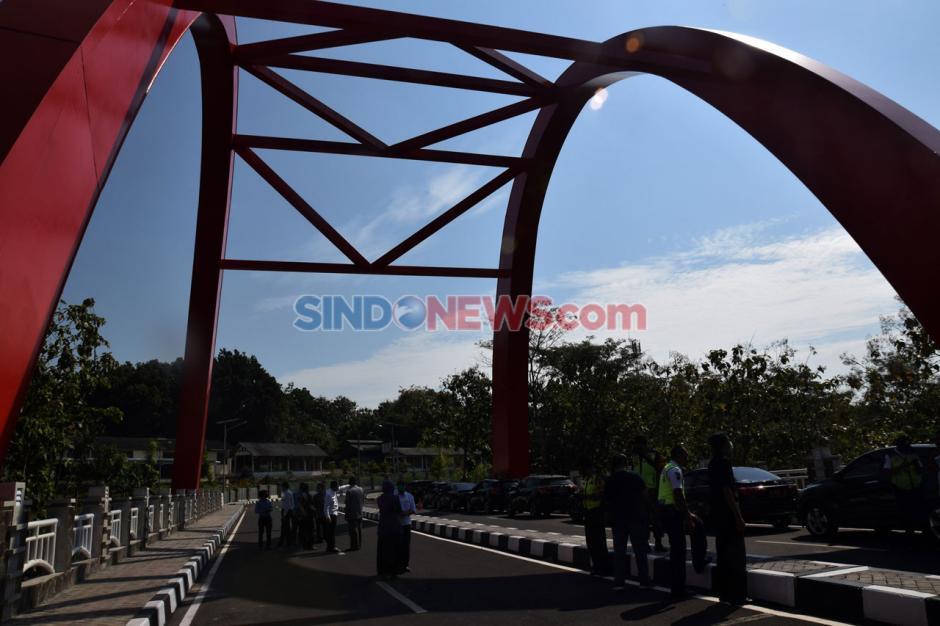 Rektor Undip Resmikan Jembatan Sikatak-1