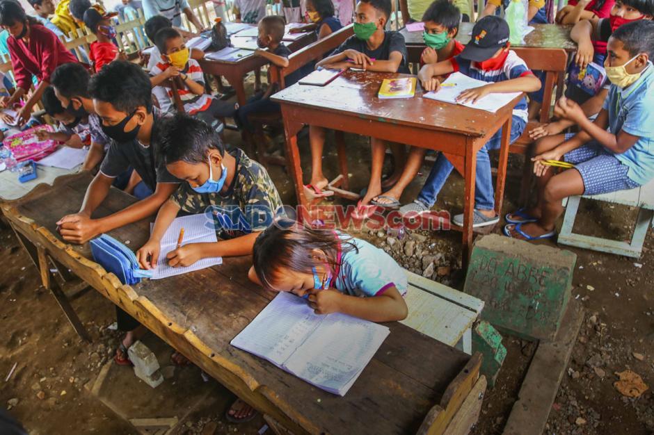 Fasilitas Belajar Daring Terbatas, Warga Dirikan Balla Pendidikan-0