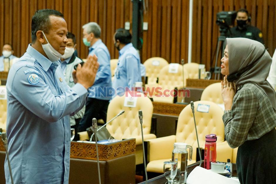 Menteri Kelautan Jelaskan Soal Ijin Ekspor Benih Lobster di Depan Komisi IV-2