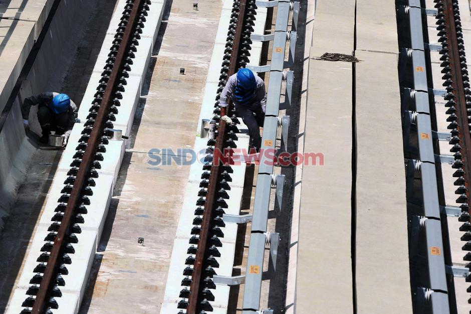 Proyek LRT Jabodebek Ditargetkan Selesai 2021-1