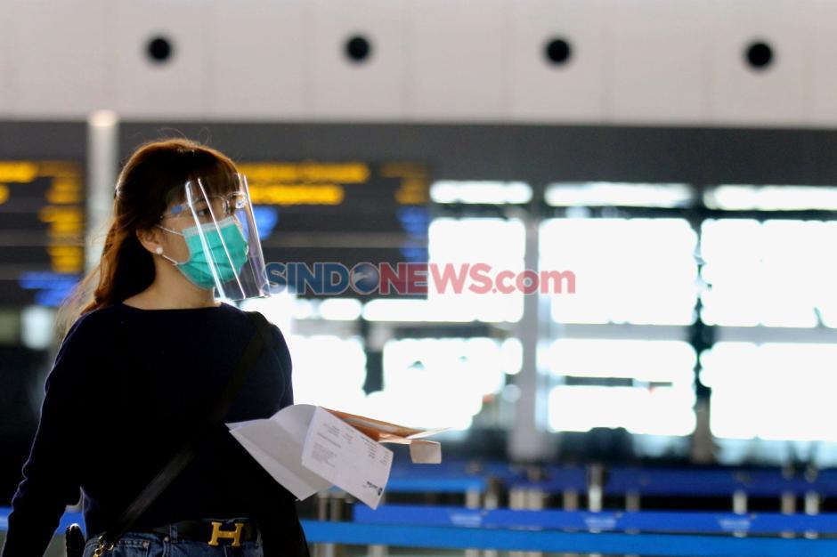Persyaratan Masih Ketat, Penerbangan di Bandara Internasional Soetta Sepi-7