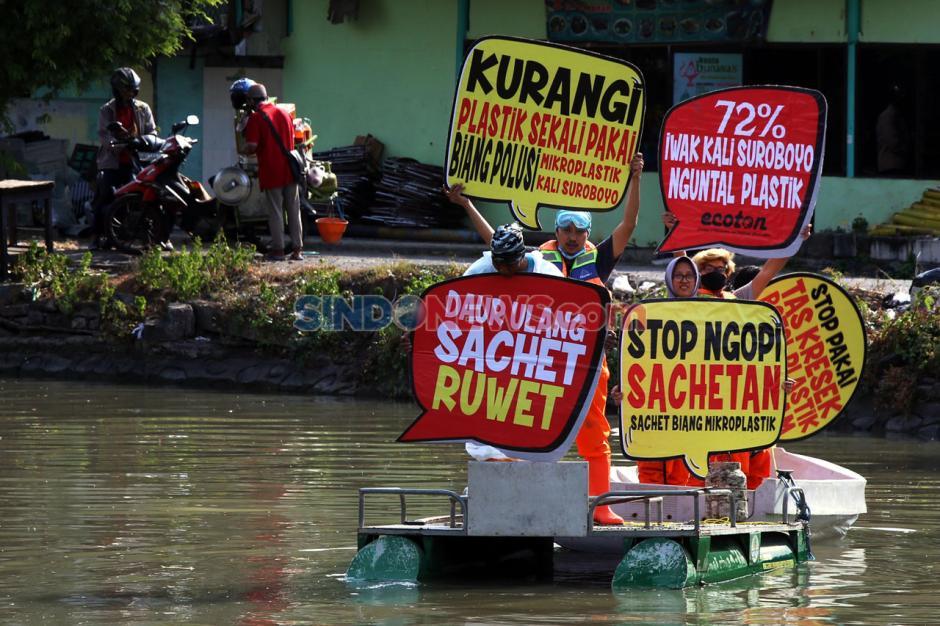 Ecoton Ajak Warga Jaga Kali Surabaya dari Sampah Plastik-4