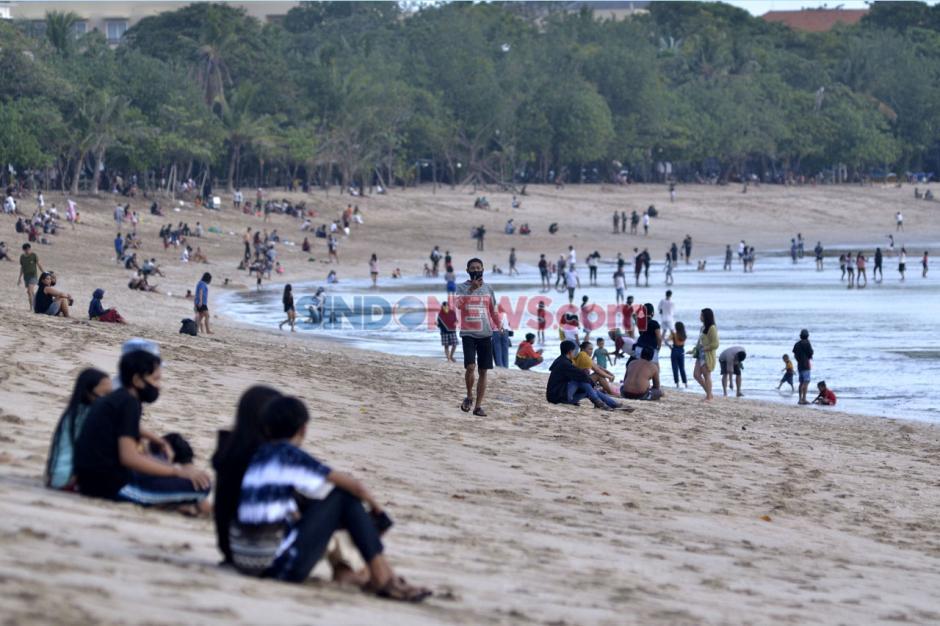 Pantai Kuta Bali Kembali Dibuka Untuk Wisatawan-1