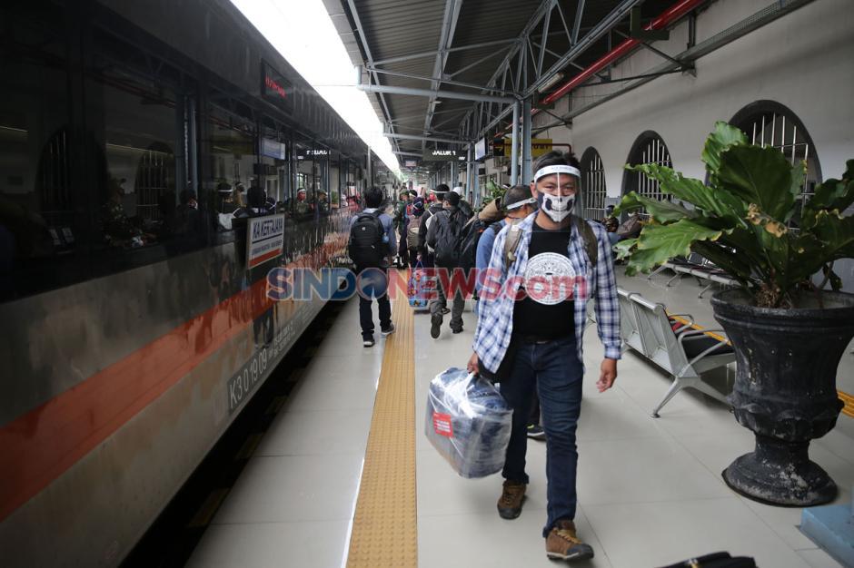 KAI Daop 1 Tambah Perjalanan Kereta Jarak Jauh-4