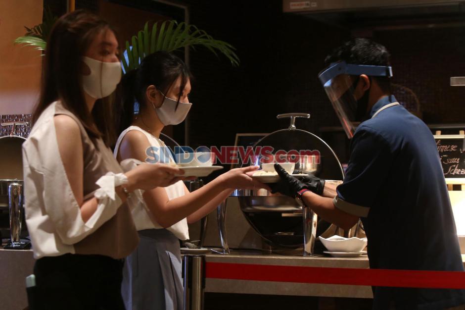 Pelayanan Restoran Hotel Tangguh Surabaya-5