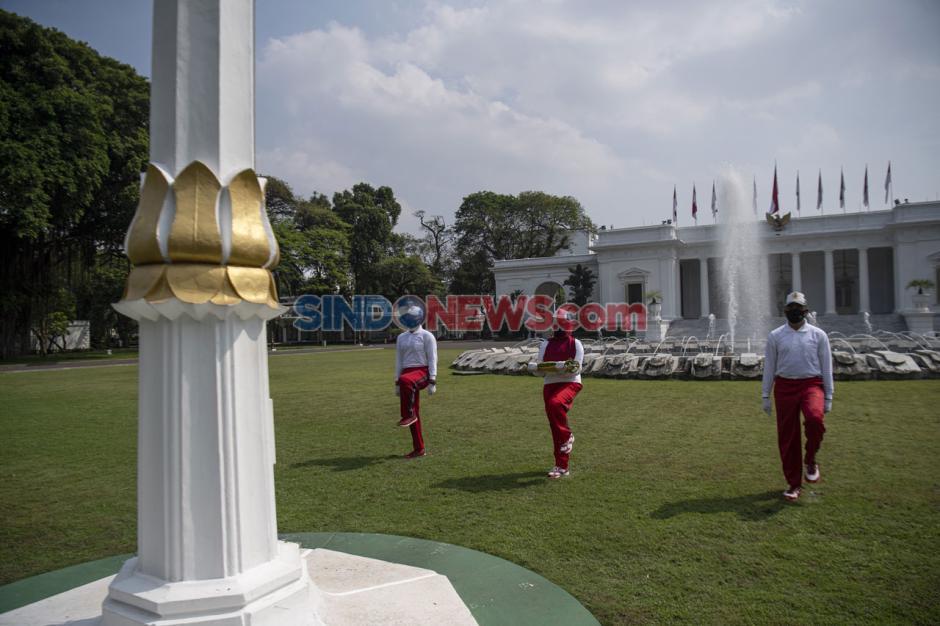 Simulasi Pengibaran Bendera HUT Ke-75 RI di Istana Merdeka-2