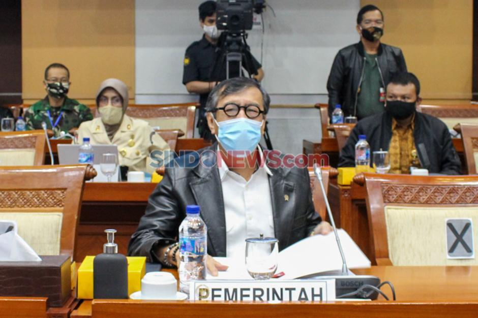Menkumham dan Wamenhan Raker dengan Komisi I Bahas RUU Kerja Sama Pertahanan Indonesia-Ukraina-1