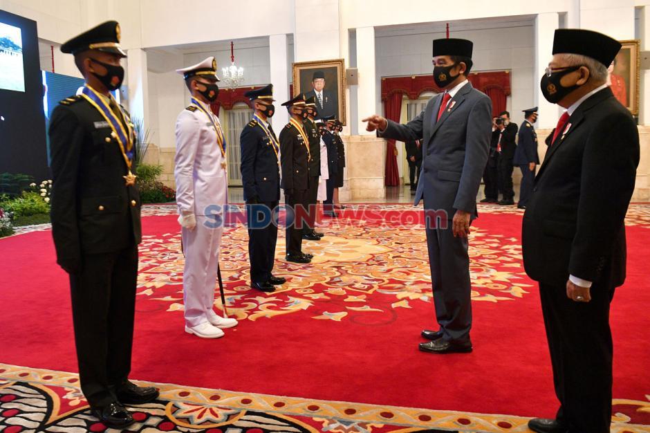 Presiden Jokowi Lantik Perwira Remaja Peraih Adhi Makayasa-0