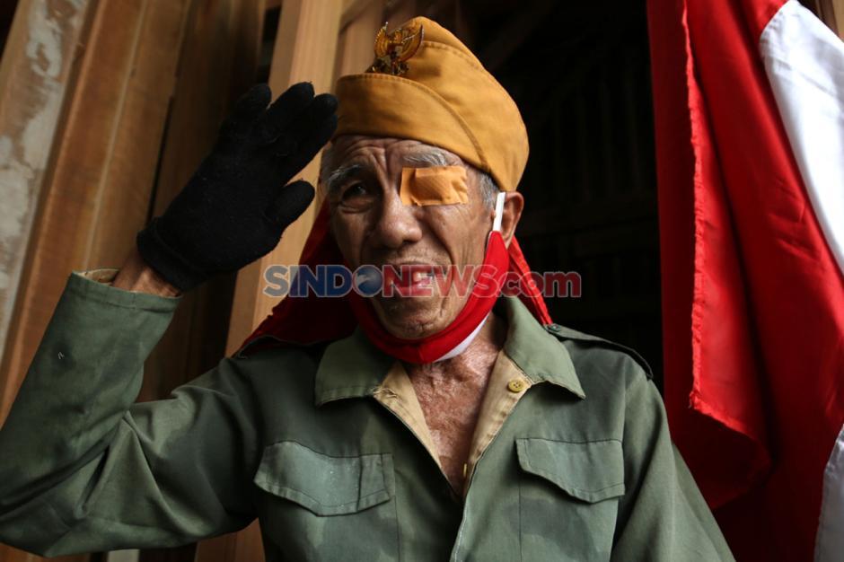Hormati Perjuangan Pahlawan, Veteran Susuri Jalanan Kota Surabaya-1