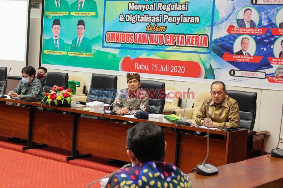 Seminar Fraksi PPP: Regulasi dan Digitalisasi Penyiaran dalam Omnibus Law RUU Cipta Kerja-0