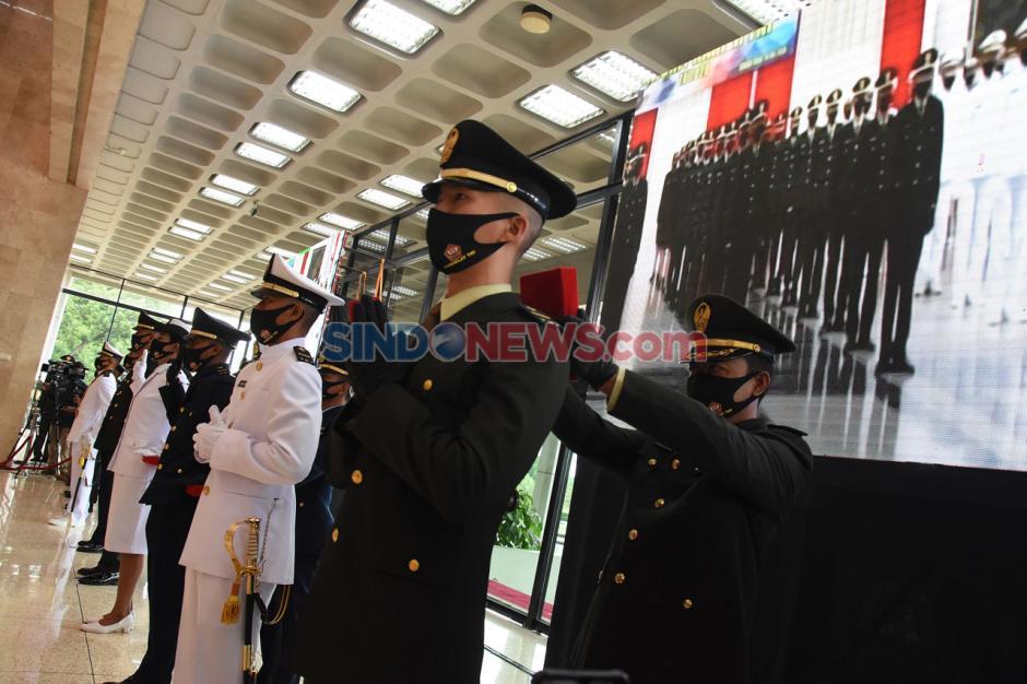 Panglima TNI Hadiri Pelantikan Perwira Prajurit Karier TNI-3
