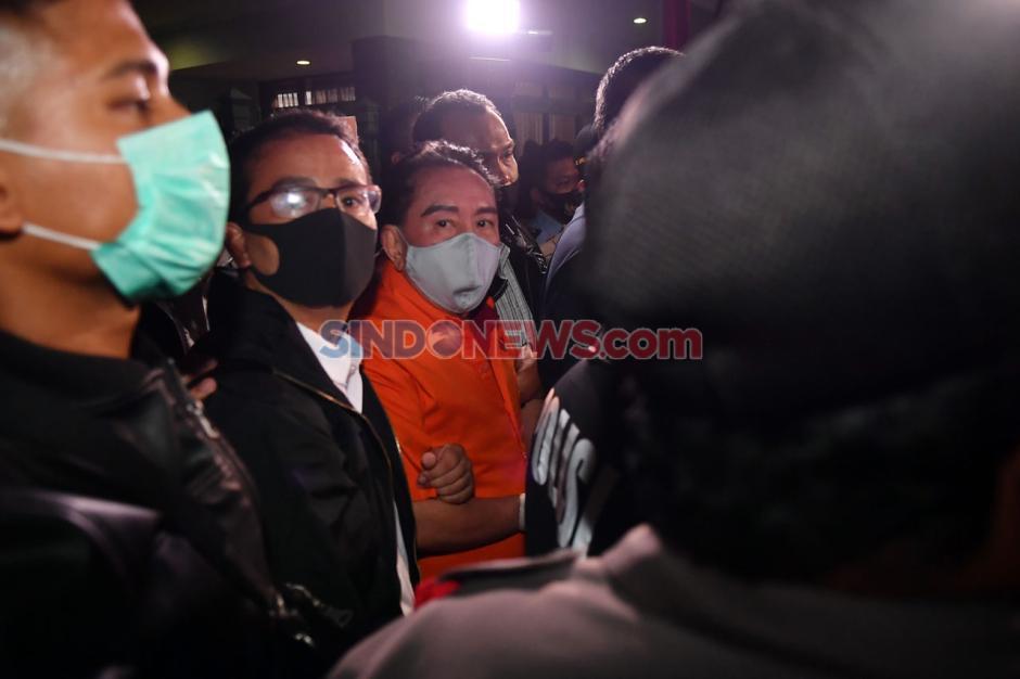 Ditangkap di Malaysia, Djoko Tjandra Tiba di Bandara Halim Perdanakusuma-4