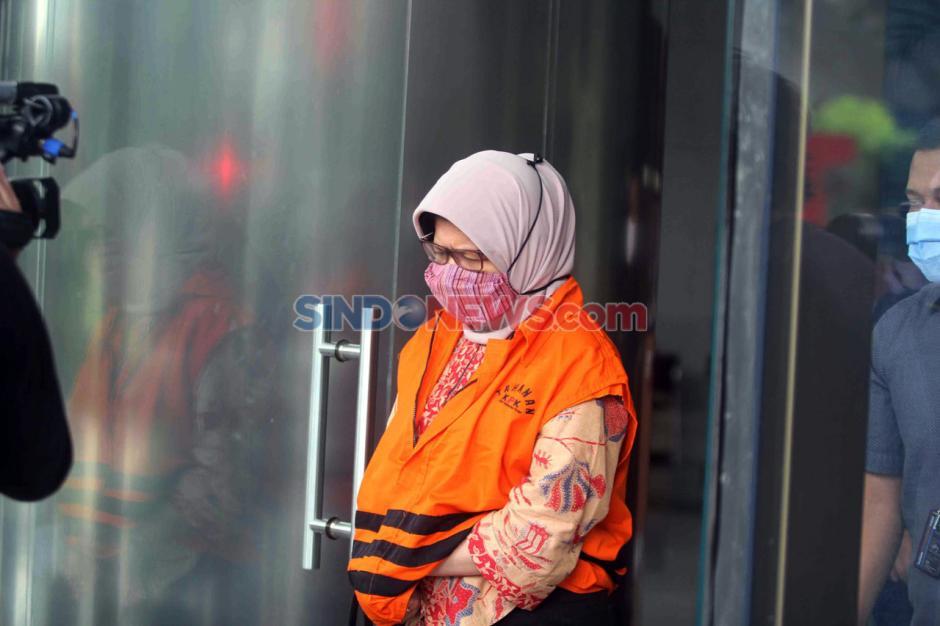 Eks Kepala Divisi III Waskita Karya Desi Arryani Jalani Pemeriksaan Perdana Pascapenahanan-4