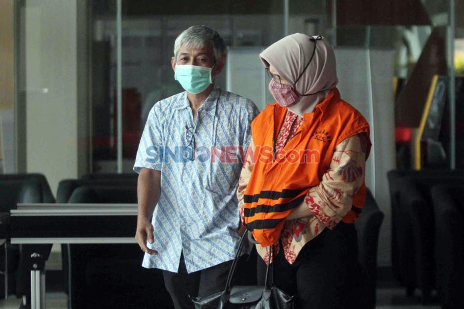 Eks Kepala Divisi III Waskita Karya Desi Arryani Jalani Pemeriksaan Perdana Pascapenahanan-3