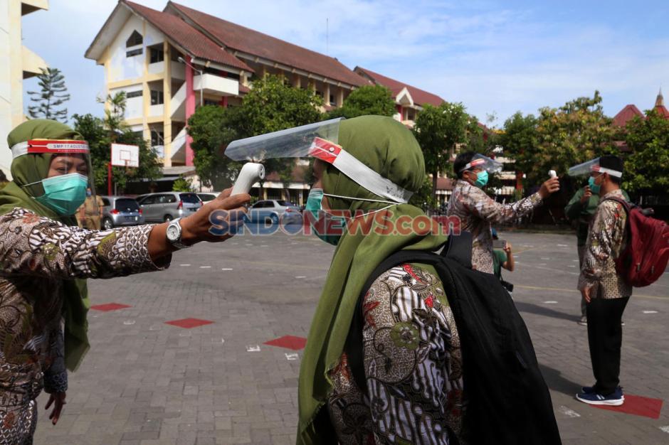 SMP 17 Agustus 1945 Surabaya Gelar Simulasi Protokol Kesehatan Sekolah-4