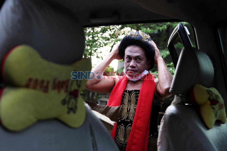 Seniman Surabaya Meimura Main Ludruk di Pasar Tradisional-5