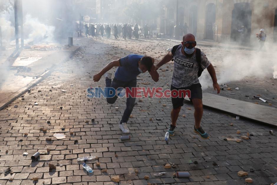 Demo Ricuh Pecah Pasca Ledakan Dahsyat di Beirut Lebanon-1