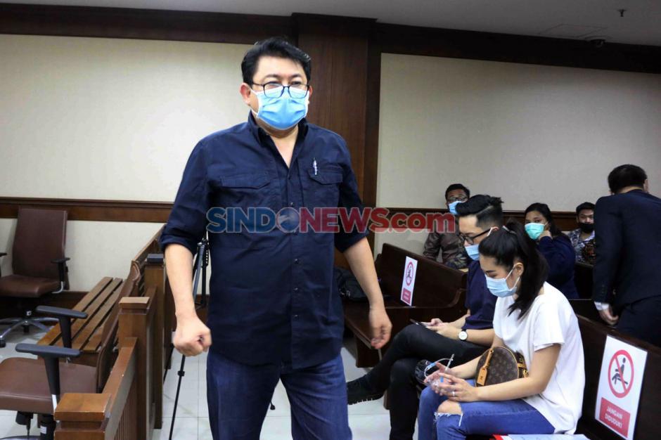 Terpidana Lucas Jalani Sidang PK Kasus Perintangan Penyidikan Perkara Eddy Sindoro-3