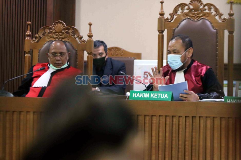 Terpidana Lucas Jalani Sidang PK Kasus Perintangan Penyidikan Perkara Eddy Sindoro-0