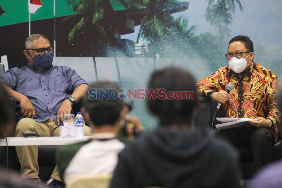 Forum Legislasi Bahas RUU Penyiaran : Bagaimana Masa Depan Digitalisasi Penyiaran di Indonesia?-3
