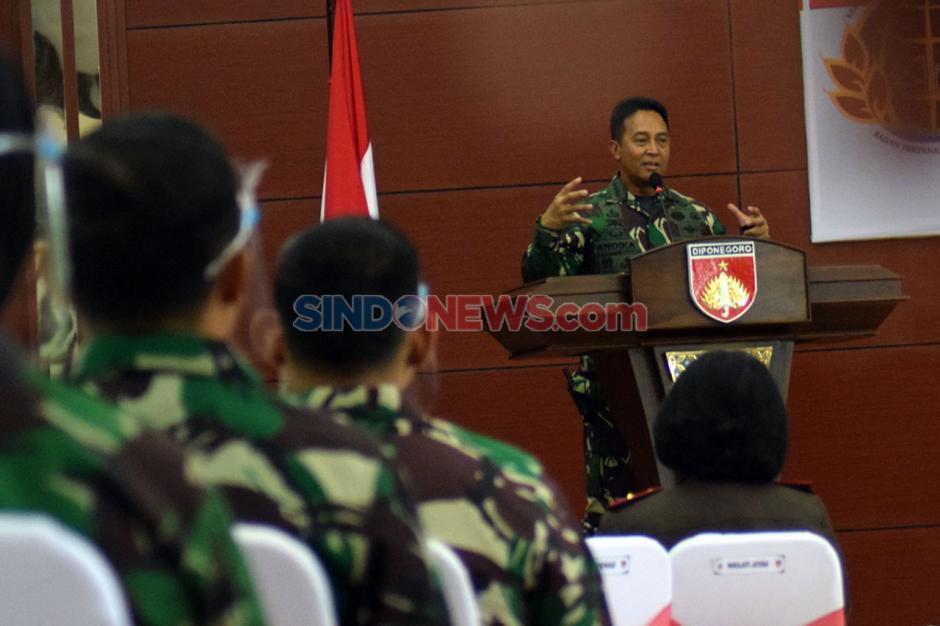 KSAD Terima Sertifikat Hak Atas Tanah TNI-AD-0