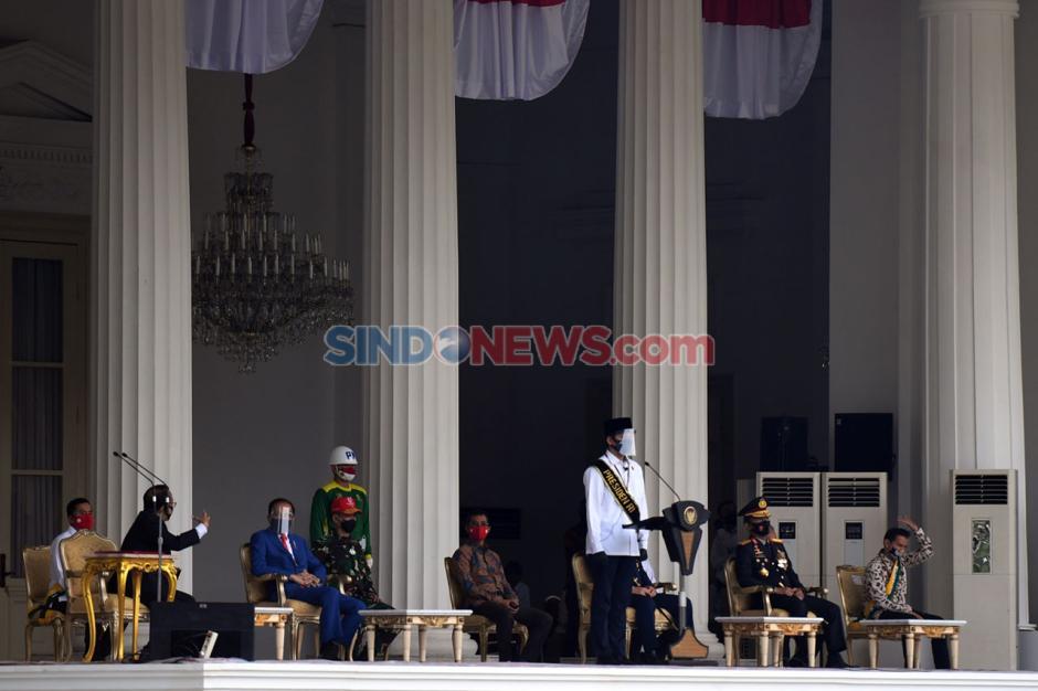 Presiden Jokowi Tinjau Gladi Upacara Peringatan Detik-Detik Proklamasi di Istana-1