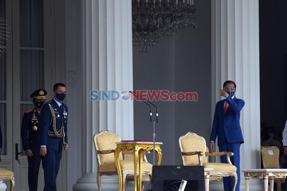 Presiden Jokowi Tinjau Gladi Upacara Peringatan Detik-Detik Proklamasi di Istana-0