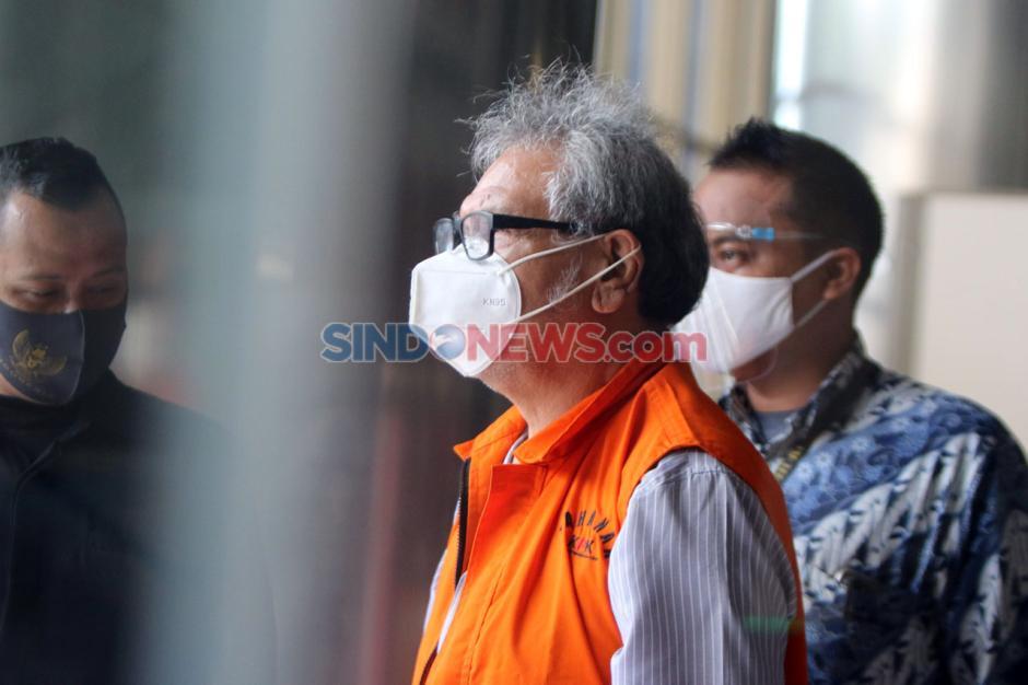 KPK Periksa Eks Anggota DPRD Sumut Japorman Saragih-4