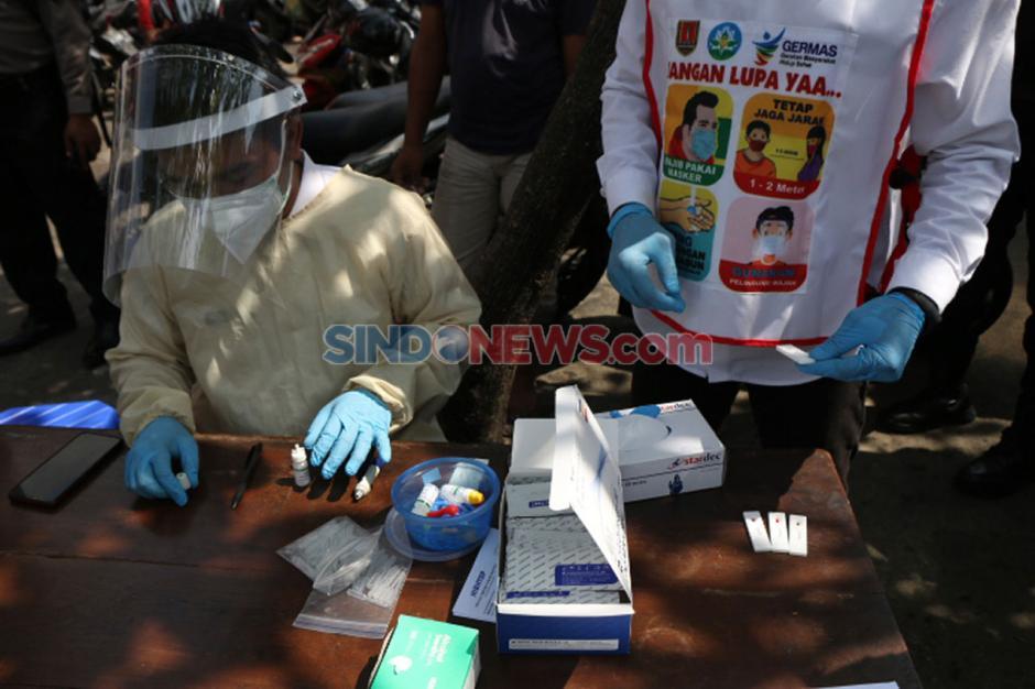 Pelanggar Protokol Kesehatan di Semarang Jalani Rapid Test-2