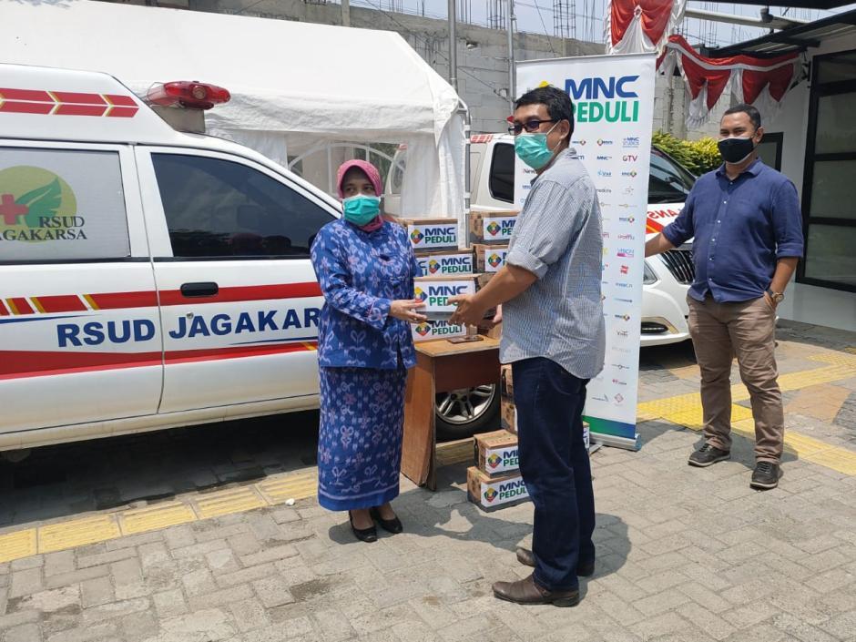 MNC Peduli Salurkan Makanan dan Minuman Ringan Ke Sejumlah RSUD di Jakarta Selatan-1