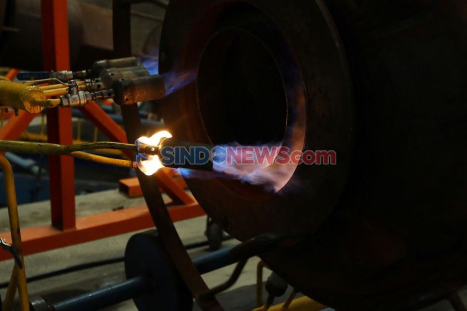 Melihat Pembuatan Toren Air Produksi Pabrik Triton-4