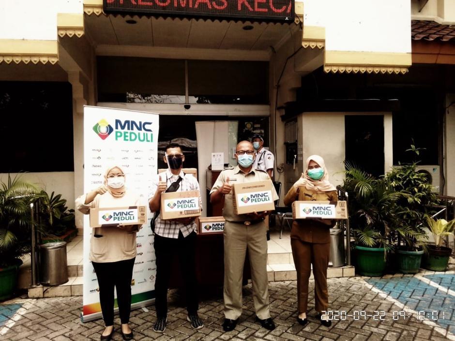 MNC Peduli Salurkan Makanan dan Minuman Ringan ke 5 Puskesmas di Jakarta Selatan-4