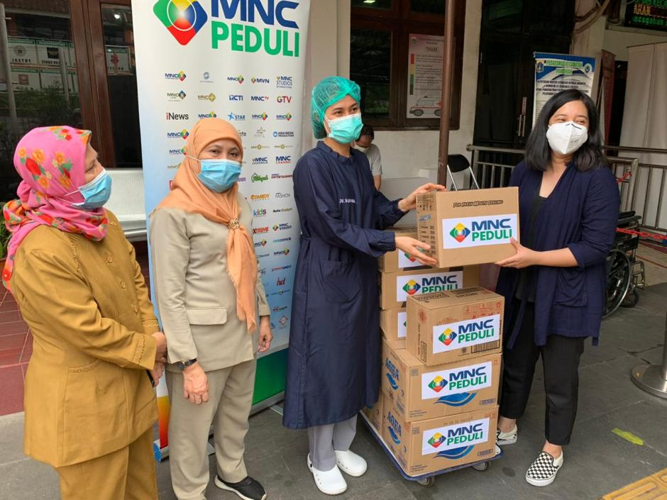 MNC Peduli Salurkan Makanan dan Minuman Ringan ke 5 Puskesmas di Jakarta Selatan-3