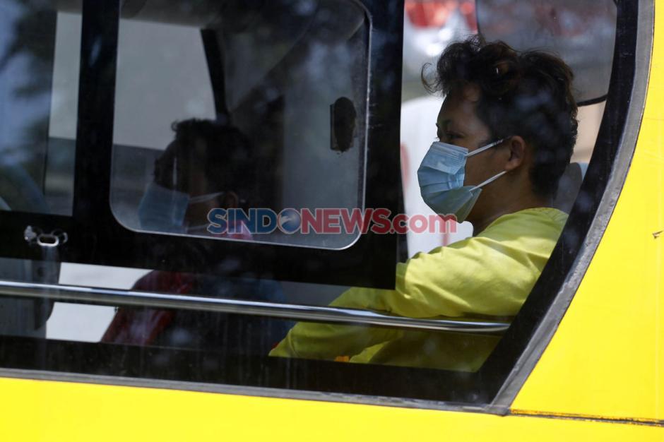Alih Fungsi Bus Sekolah untuk Evakuasi Pasien Covid-19-4